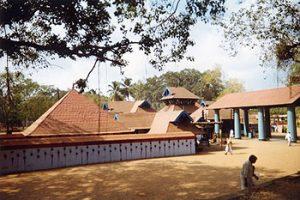 Shiva temple at Thirvanchikulam