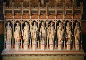 sculptures of Empress Eugene and her ladies
