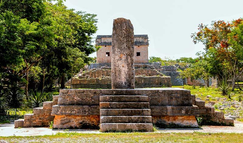 Dzibilchaltún structure 12