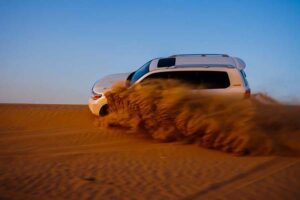 dune bashing Dubai desert